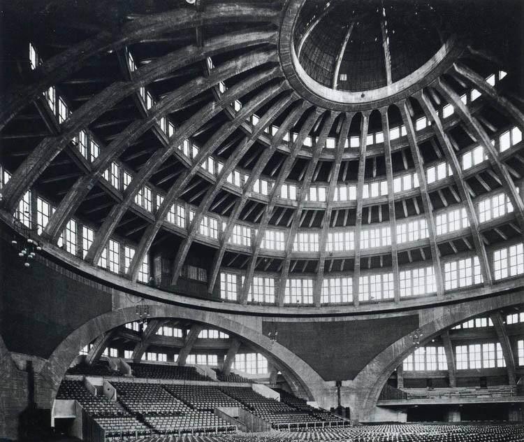 Jahrhunderthalle en Wrockaw, Marx Berg, 1913: el hormigón y la gran escala.