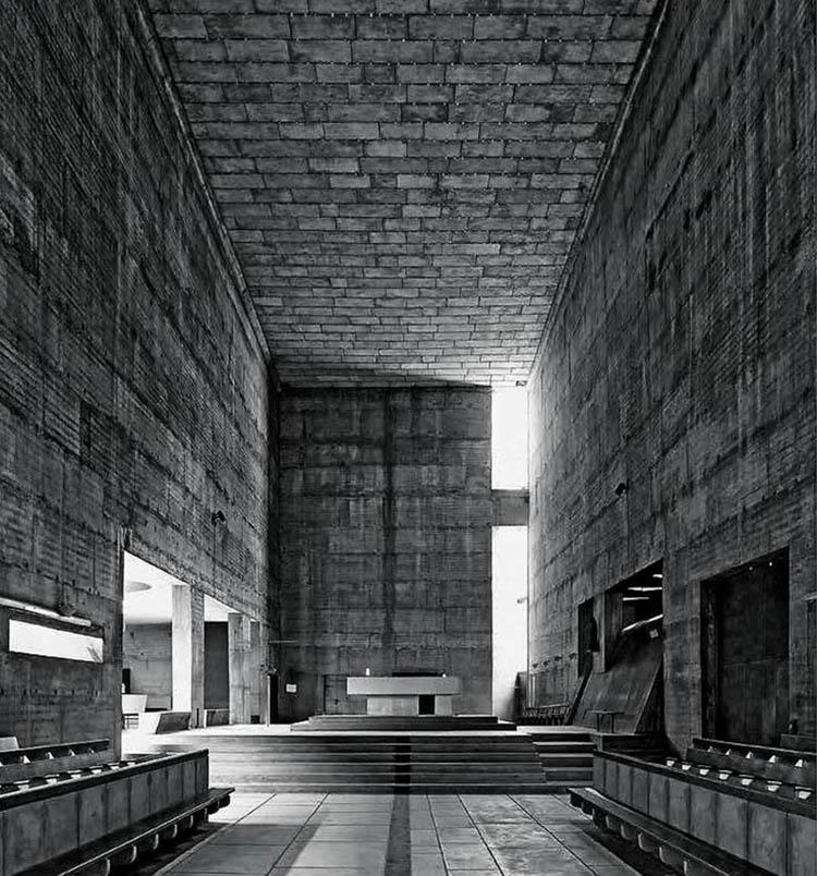 Iglesia del monasterio de La Tourette, Le Corbusier, 1960: el recuerdo de la madera.
